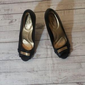 DexFlex comfort gold black heels sz 8.5